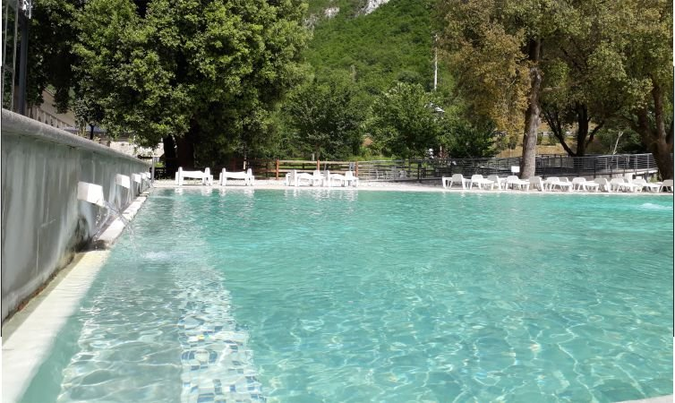 Bagni Triponzo Terme apre il 20 giugno 2020